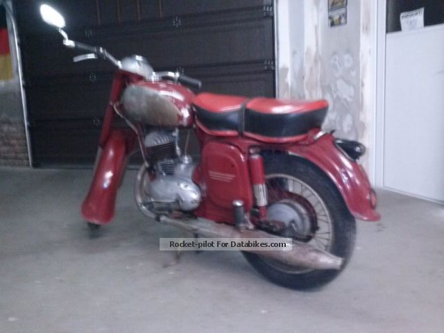 Jawa  CZ 150 1961 Vintage, Classic and Old Bikes photo