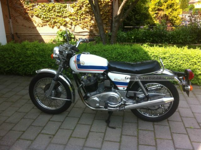 Norton  Commando 850 Roadster Mk IIa 1974 Vintage, Classic and Old Bikes photo