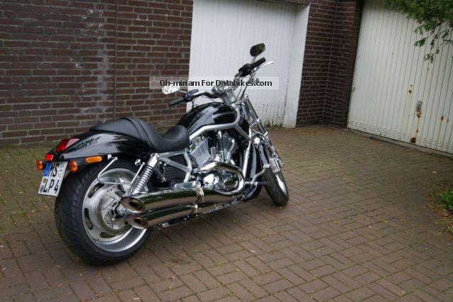 Harley Davidson  Harley-Davidson V-Rod 2011 Chopper/Cruiser photo