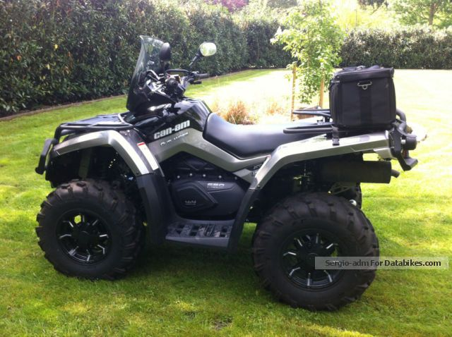 2013 Can Am  OUTLANDER 650 XT LOF 545 KM WITH WINTER PACKAGE Motorcycle Quad photo