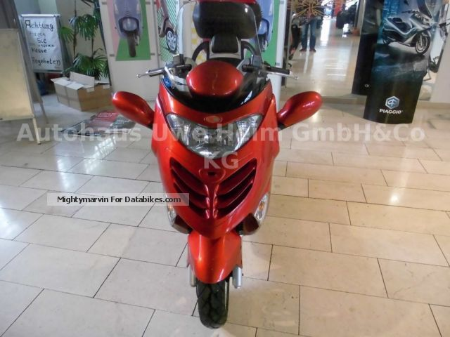 2006 Kymco  Grand thing 125 Motorcycle Scooter photo
