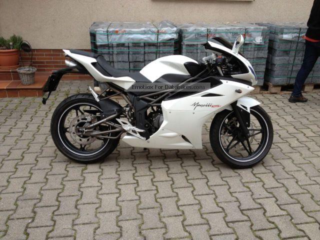 2013 Megelli  125 Motorcycle Motorcycle photo