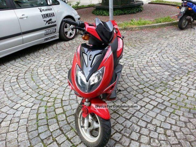 2009 Baotian  FLEX TEH 50 Motorcycle Scooter photo