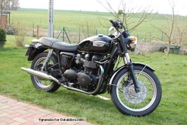 2005 Triumph  Bonneville Motorcycle Motorcycle photo