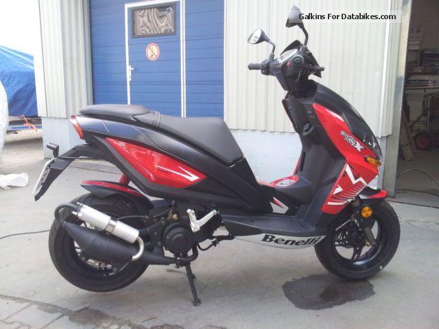 Benelli  Quadro Nove 49x 2013 Scooter photo