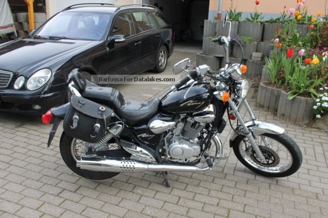 2000 Kymco  125 Motorcycle Chopper/Cruiser photo