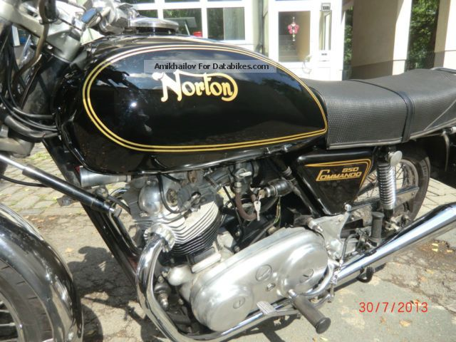 Norton  850 Commando 1974 Vintage, Classic and Old Bikes photo