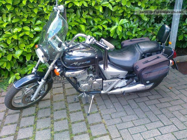 1999 Daelim  Magna Motorcycle Chopper/Cruiser photo