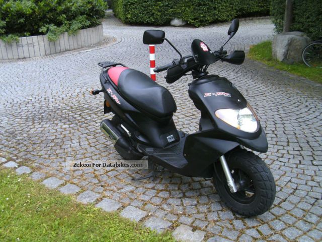 2008 Daelim  E-Five Motorcycle Scooter photo