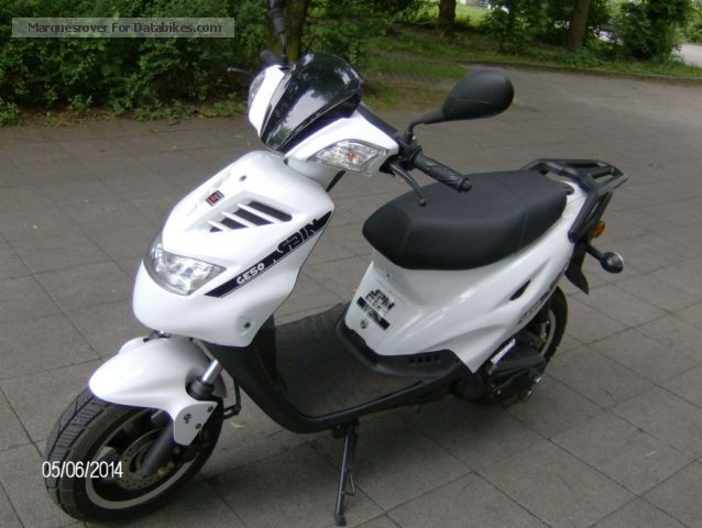Explorer  Spin G 50 cc 2013 Scooter photo
