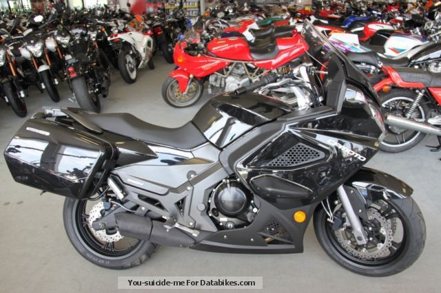 2012 CFMOTO  650 TK Motorcycle Sport Touring Motorcycles photo