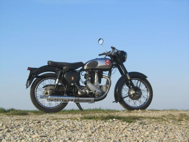 BSA  B 31 1957 Vintage, Classic and Old Bikes photo