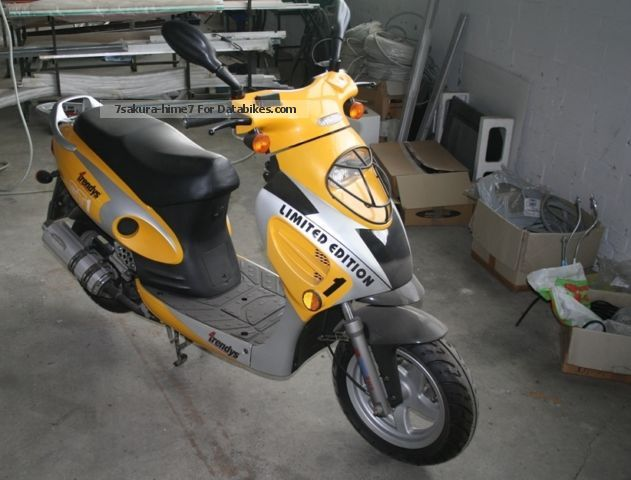 2002 Barossa  BAOTIAN GT1 - 4trendys Motorcycle Scooter photo