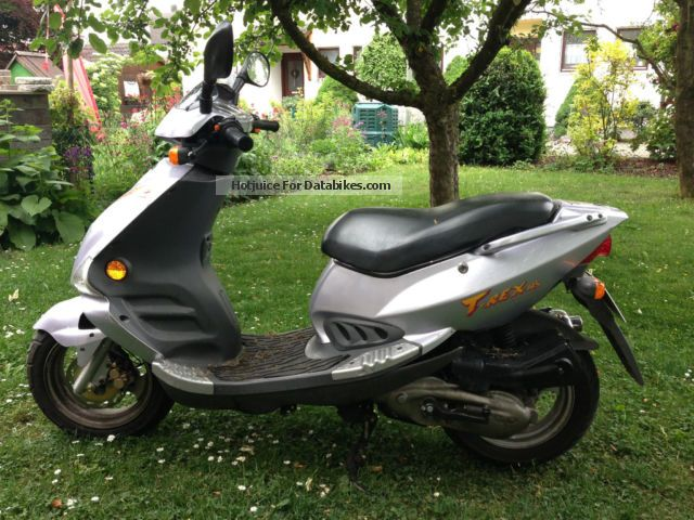 PGO  cp 125 1999 Scooter photo