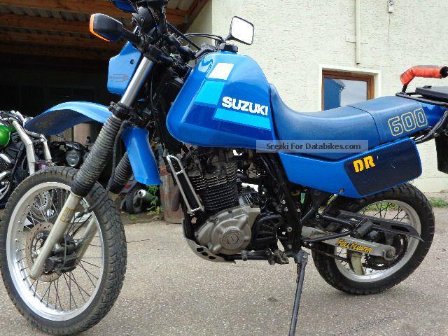 1986 Suzuki  DR 600 Motorcycle Enduro/Touring Enduro photo