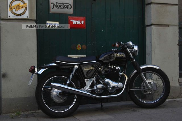 Norton  Commando Roadster 1970 Vintage, Classic and Old Bikes photo