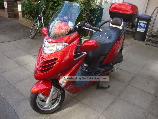 2002 Kymco  Grand thing 125 Motorcycle Scooter photo