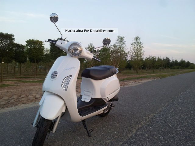 2012 Rivero  Toscana Motorcycle Scooter photo