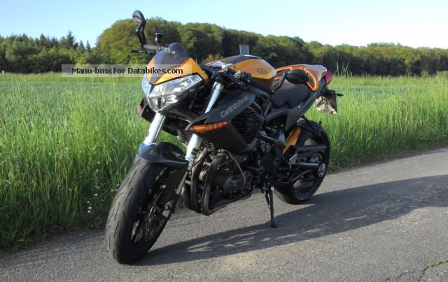 2011 Benelli  TNT Cafe Racer - Naked Bike Motorcycle Streetfighter photo
