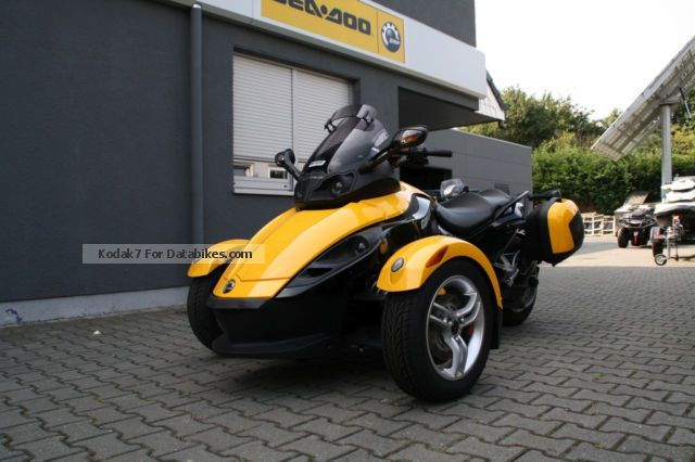 2009 BRP  Can-Am Spyder RS SE5 + Extras - Sales Order Motorcycle Trike photo