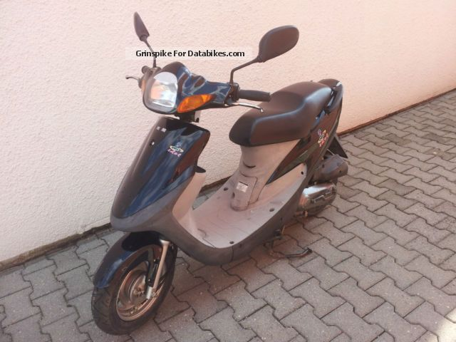 1996 Kymco  Idol 50 Motorcycle Scooter photo