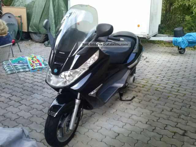 2004 Piaggio  x8 1Hand 13000km Motorcycle Scooter photo