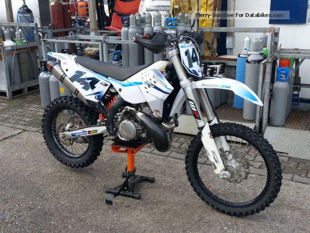 2010 KTM  EXC 300 Motorcycle Dirt Bike photo