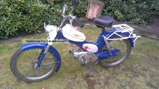Puch  MS50 (40 km / h with cheat license) 1974 Vintage, Classic and Old Bikes photo