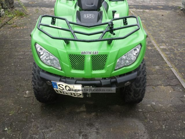 2011 Arctic Cat  CR 330 2x4 Motorcycle Quad photo