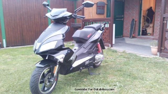 Baotian  50cc throttled to 25kmh 2012 Scooter photo