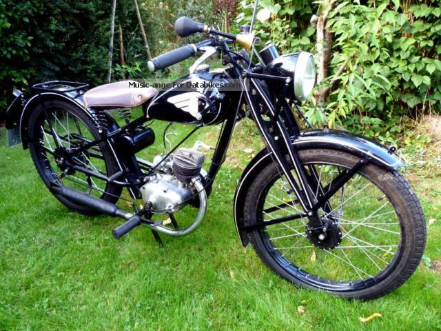 DKW  RT 100 1939 Vintage, Classic and Old Bikes photo