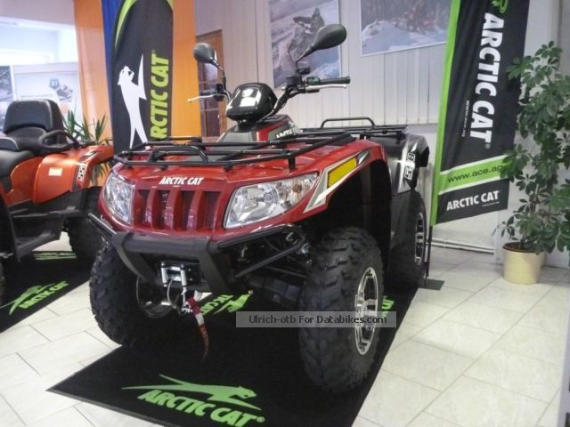 2014 Arctic Cat  550 i GT 4x4 with LOF - Display Model Motorcycle Quad photo