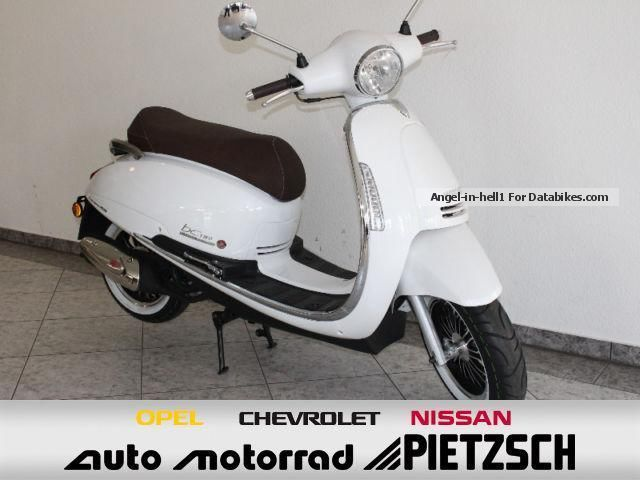 2014 Motobi  BC2 TWO ACTION 125 different colors Motorcycle Scooter photo
