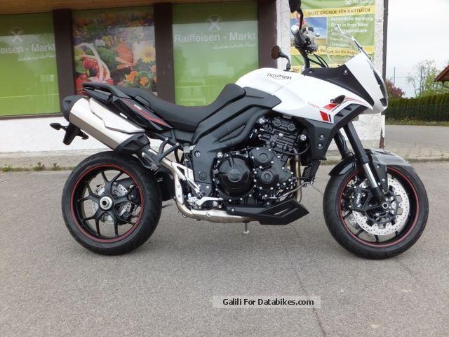 2014 Triumph  Tiger Sports Model 2014 Motorcycle Enduro/Touring Enduro photo