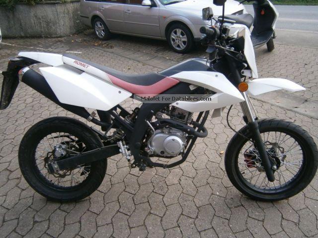 2012 Derbi  Romet CRS 50 Supermoto Motorcycle Super Moto photo