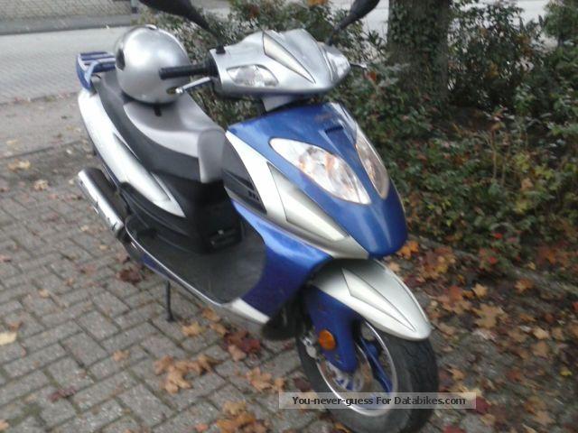 2007 Rivero  Pesaro Motorcycle Scooter photo