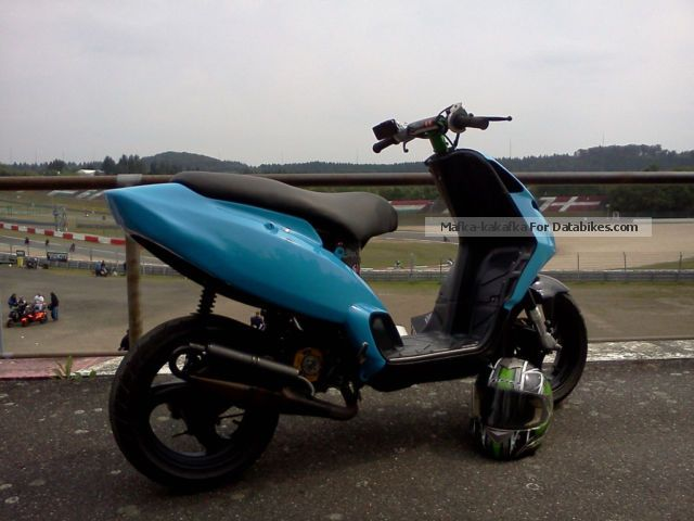 2000 Piaggio  NRG Motorcycle Scooter photo