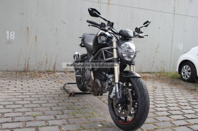 2012 Ducati  EVO1100 Motorcycle Naked Bike photo