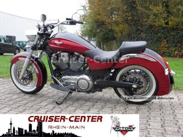 2014 VICTORY  Boardwalk Black / Red - ULTRA LOW KM, 48 hp! Motorcycle Chopper/Cruiser photo