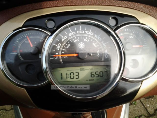 2012 Piaggio  Beverly Motorcycle Scooter photo