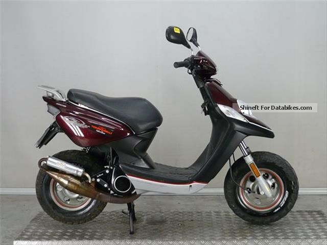2011 MBK  Booster 50 Motorcycle Scooter photo