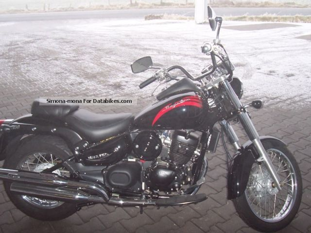 2012 Daelim  Daystar Motorcycle Chopper/Cruiser photo