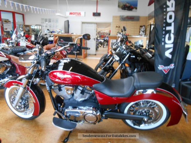 2014 VICTORY  Boardwalk Two Tone little Km! Motorcycle Chopper/Cruiser photo