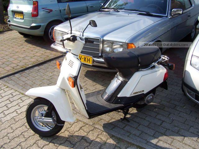 1982 Hercules  City CV80 Motorcycle Scooter photo