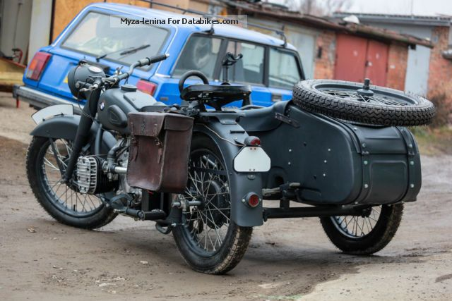 Ural  m72 1945 Vintage, Classic and Old Bikes photo