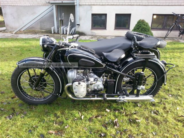 Ural  M-72 1952 Vintage, Classic and Old Bikes photo