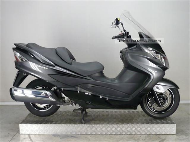 2012 Suzuki  AN 400 Burgman Motorcycle Scooter photo
