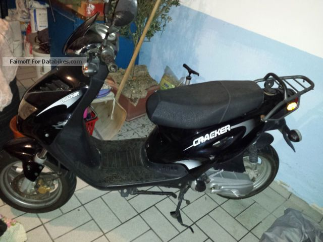 2007 Generic  Cracker Motorcycle Scooter photo