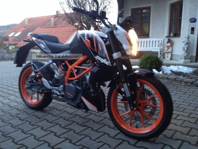 2014 KTM  Duke Motorcycle Naked Bike photo
