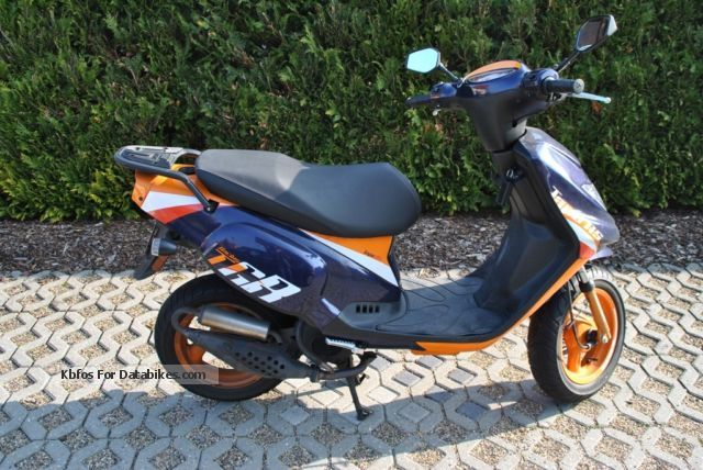 Fast 50Cc Scooter - Brick7 Motorcycle